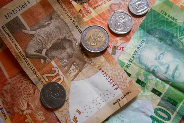 Tips to avoid being a victim of cash robberies for businesses